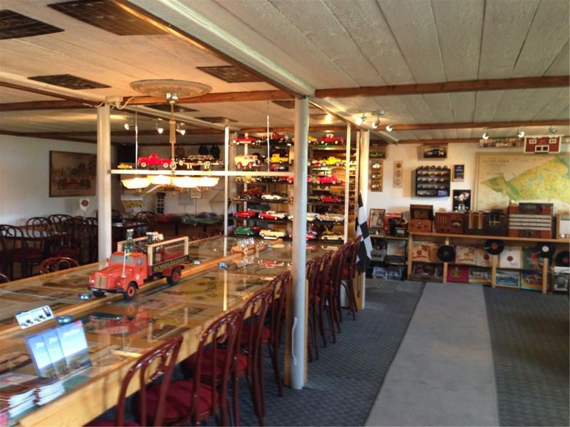 arnold_bilmuseum2